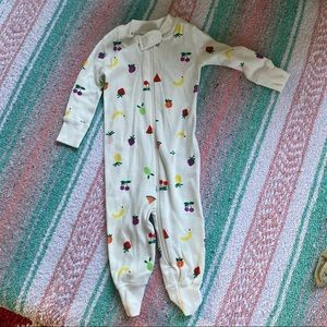 HANNA ANDERSSON Zip up body suit size 3-6mo